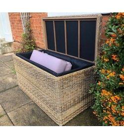 Willow Cushion Box