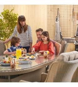 Thalia 8 Seat Oval Dining Set